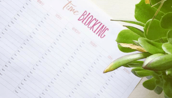 Free-Time-Blocking-Calendar-Ditch-the-distractions-700x400